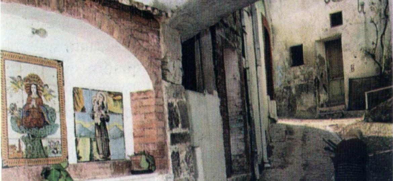 Padre Pio porta madonella