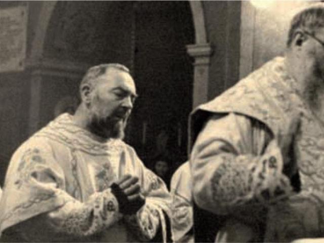 padre agostino e padre pio 2