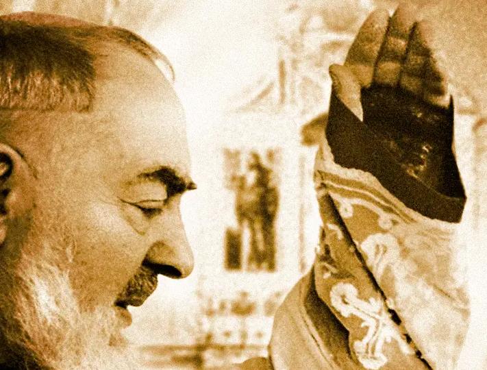 benedizione di Padre Pio