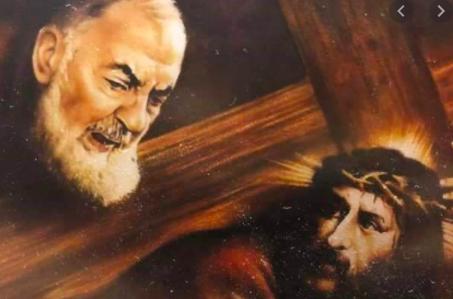 Risultato immagini per immagini di Padre Pio con Gesù